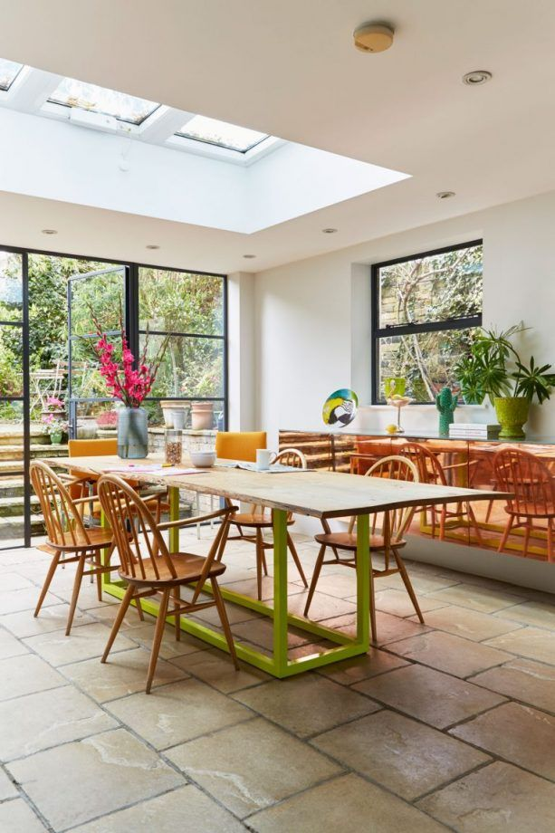 Browse These Cool Crittall Style Spaces And Fall For Their Graphic Grid Like Charm Decor Dining Room Windows Dining Room Colors