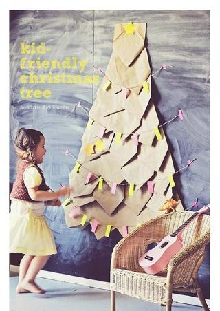 Kid friendly Christmas tree: Kids Christmas Crafts, Paper Bags, Diy Christmas Trees, Trees Ideas Christmas, Diy Kids Friends, Diy Craft, Christmas Trees Ideas, Crafts Diy, Kids Friends Christmas