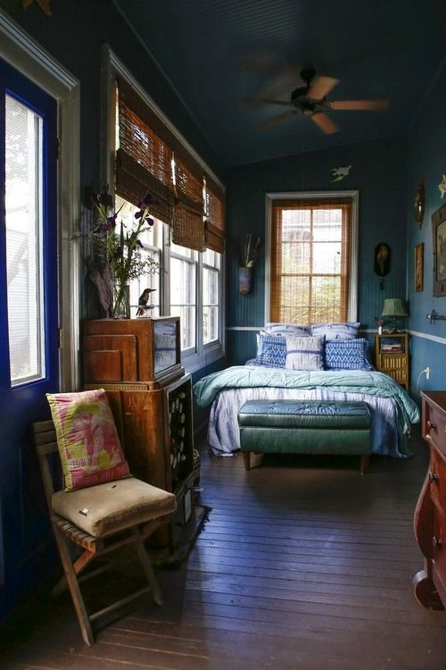 a room to spend the day reading & listening to music in
