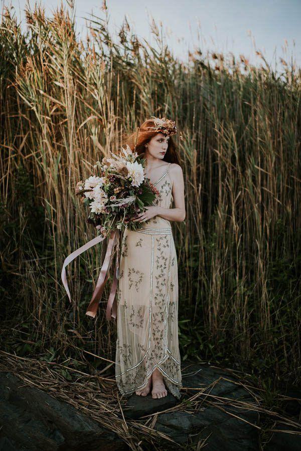 Moody beachy bridal inspo   Allison Markova Photography