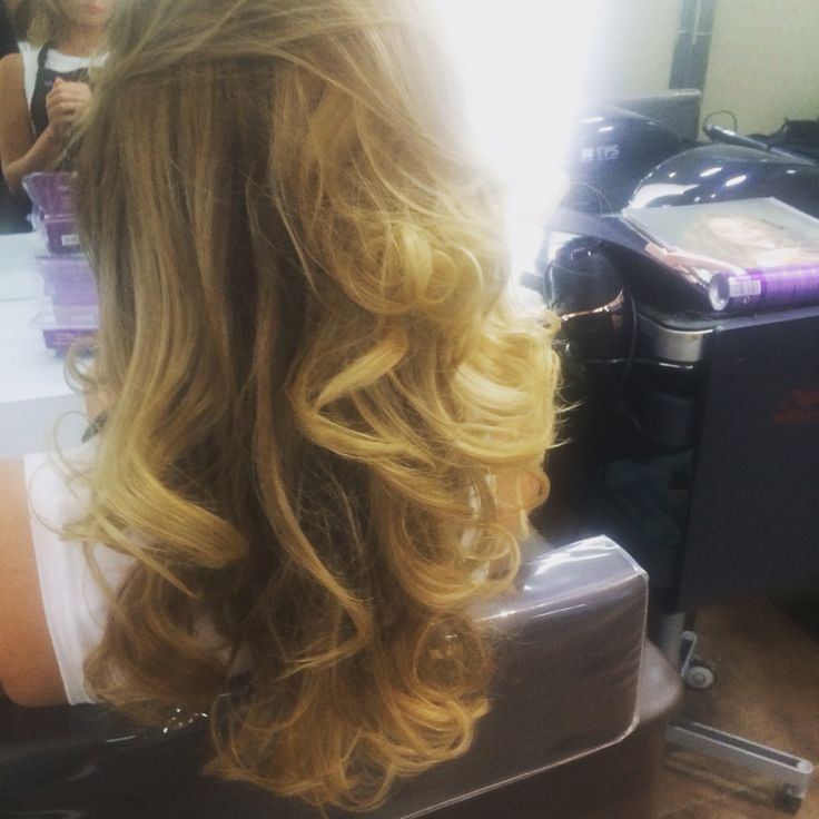 curly blow dry / blow dry bar   ( birthday girl )