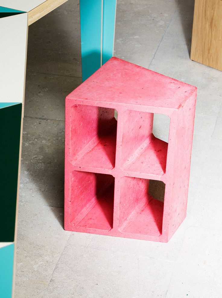 """""""Forato"""", a light-weight stool made by M—L—XL Studio"""