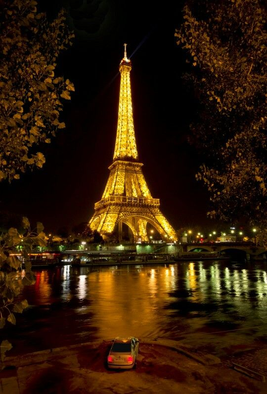 Paris, France............Eifel  Tower