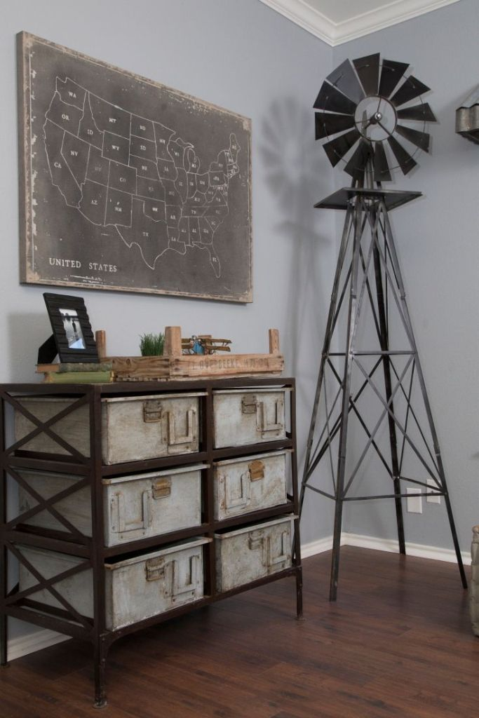 10 Inexpensive Ways To Decorate And Get The Fixer Upper Farmhouse Look.  Rustic Office DecorRustic Industrial ...