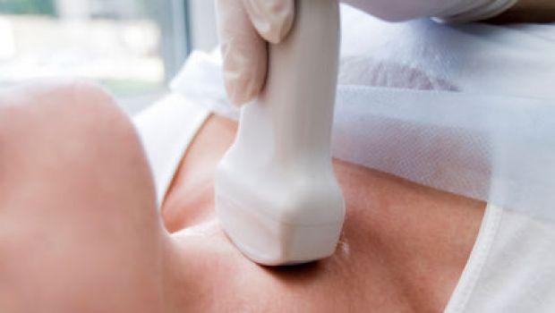 Sono pochi gli italiani che conoscono le malattie della tiroide. Nel post ti aiutiamo a riconoscerle e distinguerle.