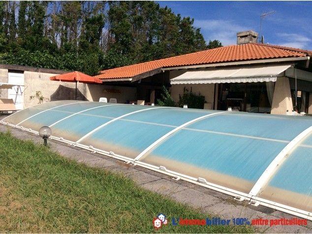 Vous cherchez un achat immobilier entre particuliers dans les Landes ? Visitez cette belle maison à Angresse http://www.partenaire-europeen.fr/Actualites-Conseils/Achat-Vente-entre-particuliers/Immobilier-maisons-a-decouvrir/Maisons-a-vendre-entre-particuliers-en-Aquitaine/Plain-pied-style-contemporain-piscine-couverte-jolie-parc-arbore-proche-des-plages-20141015 #maison