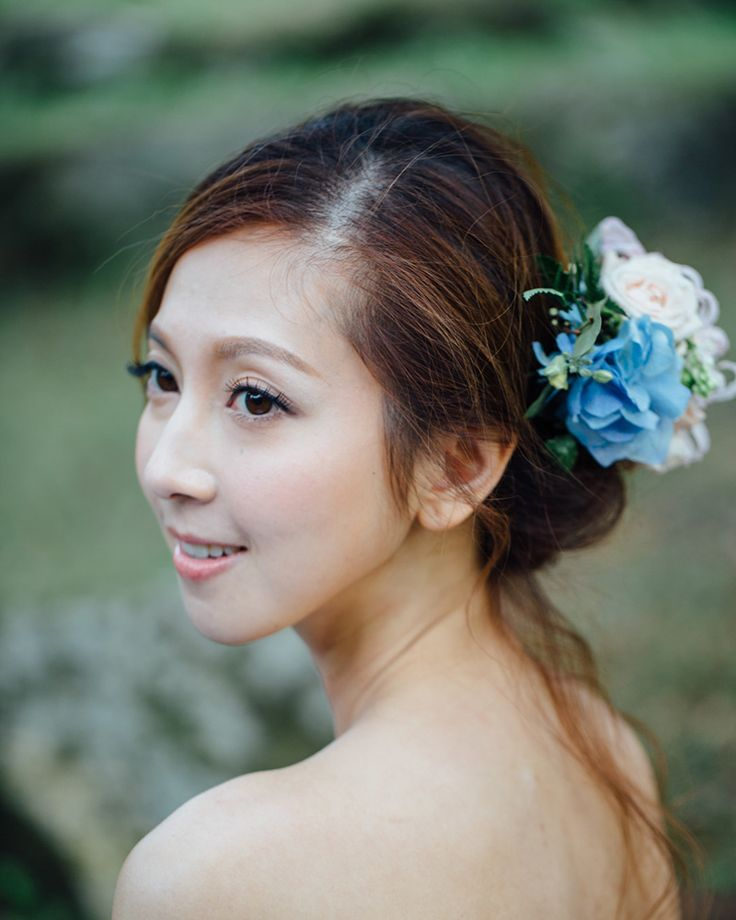 "26 Likes, 1 Comments - Bride and Breakfast HK (@brideandbreakfasthk) on Instagram: ""Hey there pretty lady! Loving the blue flower in your hair. 喂美女!我很喜歡你頭上的藍花啊! Photo: @nikkiloveu…"""