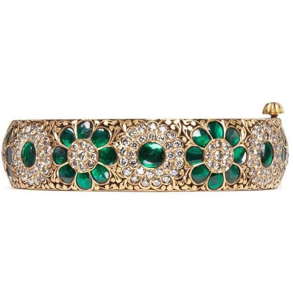 Aishwarya Emerald sapphire diamond 14k gold alloy bangle (901,440 THB) ❤ liked on Polyvore featuring jewelry, bracelets, metallic, diamond bangle bracelet, 14 karat gold bangle bracelet, vintage gold bangle, indian gold jewellery and vintage bangle bracelet