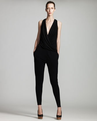 Well-fitted and draped jumpsuit #outfits #stylish