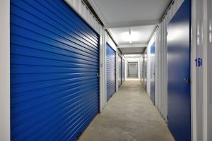 Long & Short Term self storage services.  For your convenience, we have 7 day a week access, with long and short term storage available. Contact us to find out about our special deals this month. Read more >>  http://www.gatewaystorage.co.nz/