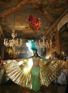 The Mascheranda Ball at Venice Carnival - Weekend a la Carte.co.uk