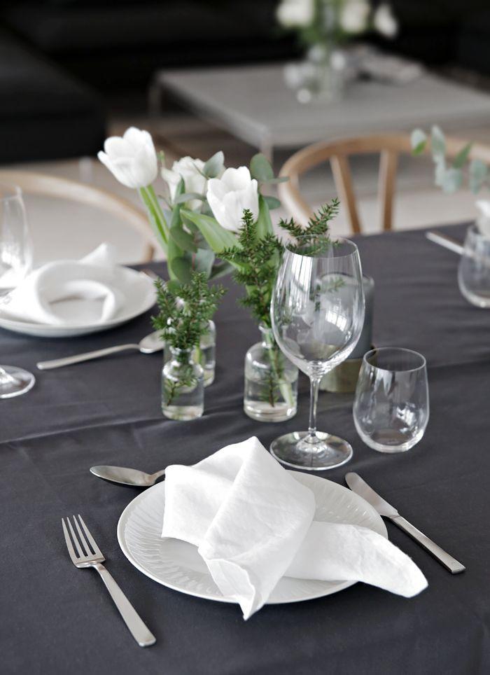 10 Christmas table setting ideas