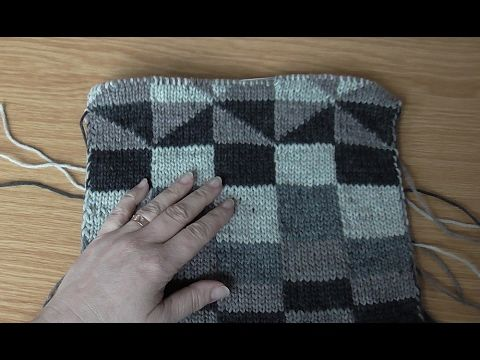 Rozklikni níže! Opakování oblíbené techniky oboustranného pletení, tentokrát silnou vlnou od Firmy Schoppel-wolle. Chcete-li podpořit natočení dalších videí ...