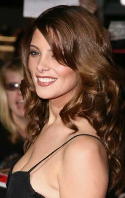 Top 10 celebrity hairstyles of 2008 - Celebs who like to leave it long!: Brunettes Hair, Hair Colors, Long Hairstyles, Celebrity Hairstyles, Long Brunettes, Hair And Beautiful, Ashley Greene, Green Hairstyles, Blondes Brunettes