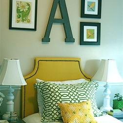 Teen Girl Bedroom , like the letter idea