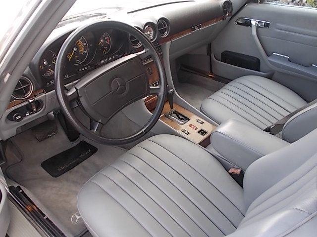 1988 Mercedes Benz SL560