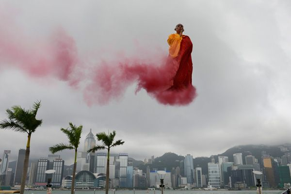"Li Wei 20130625_0006305 佛在香港,""20130625_00063057 Buddha in HK"",照片Photo,2013.06.25, HK, 155x232cm"