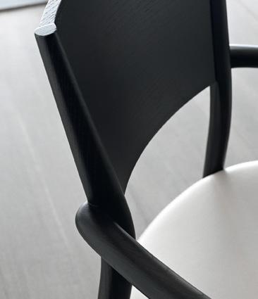 Bertha Chair