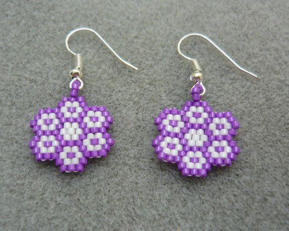 Handmade Flower Beaded Earrings Peyote by ErikaVondrakDesigns