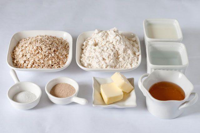 Honey-Oat-Bread-Ingredients
