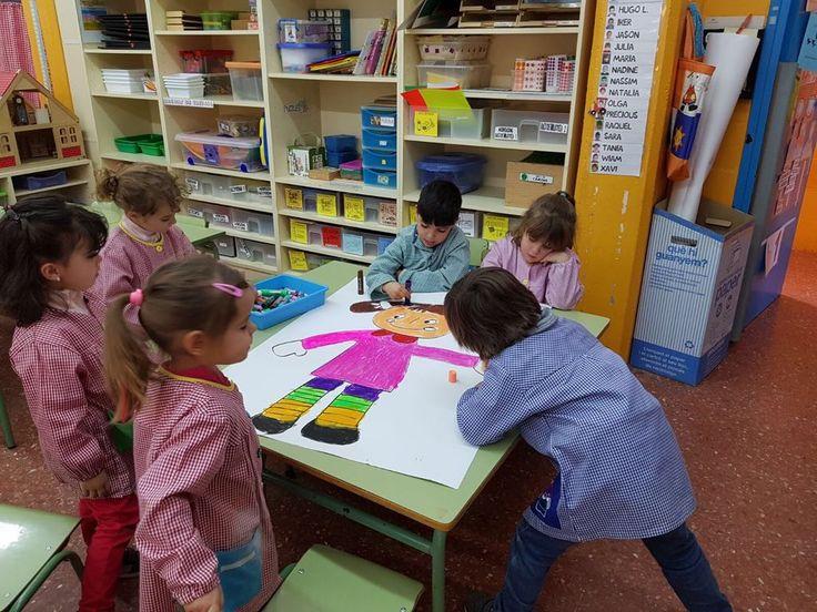 taller cartulines escola Josep Pla. Escola Impremta.