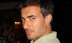 Σερχάν Γιαβάς: Η καρδιά μου χτυπάει στην Ελλάδα   Θα ήθελε ο πρωταγωνιστής της σειράς Μοιραίος έρωτας Σερχάν Γιαβάς να έρθει η σειρά Seni kimler aldi στην Ελλάδα;  from Ροή http://ift.tt/2ukvho0 Ροή