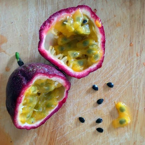 how to eat passion fruit fruits