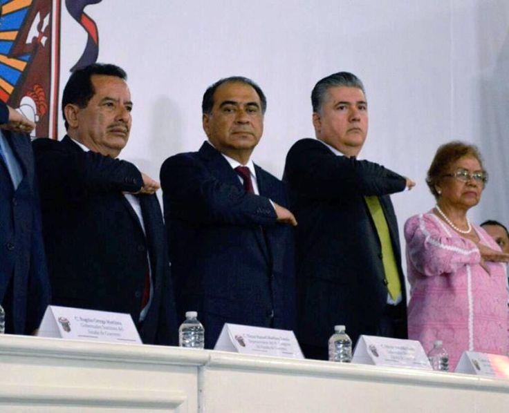 El Regional de la Costa - Marco Antonio Leyva Mena, tomó protesta como presidente municipal de Chilpancingo