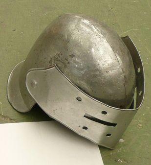 Casco Medieval