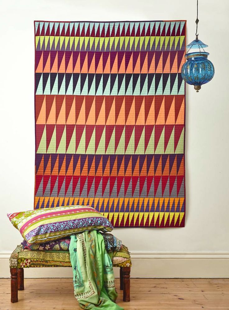 Pointy Quilt by Lynne Goldsworthy for Love Patchwork & Quilting magazine issue 10