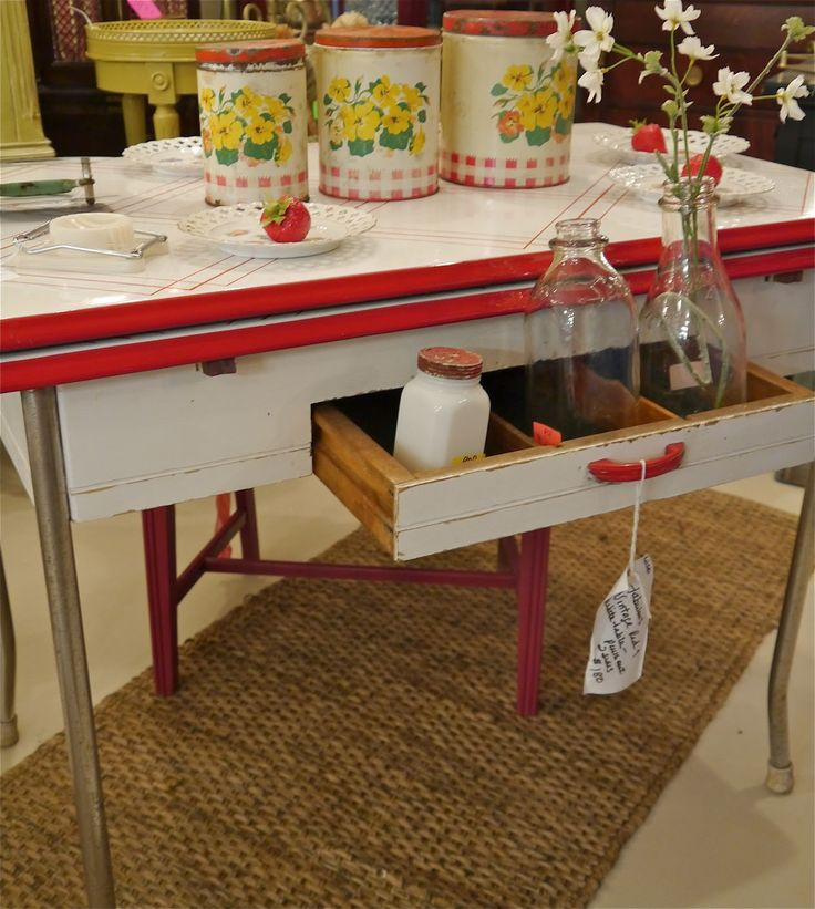 Blue Kitchen Table Set: 25+ Best Ideas About Red Kitchen Tables On Pinterest