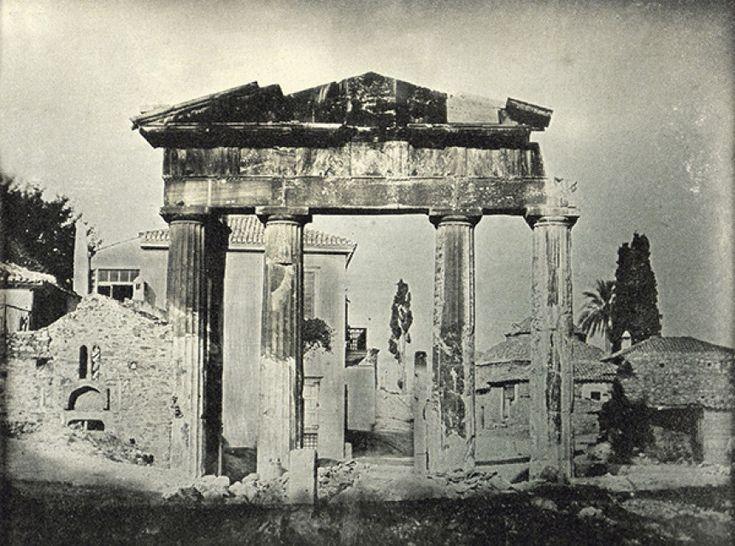 Πύλη της Αθηνάς Αρχηγέτιδος στην Ρωμαικη Αγορά, 1842 -  (Joseph Philibert Girault De) Πηγή: www.lifo.gr