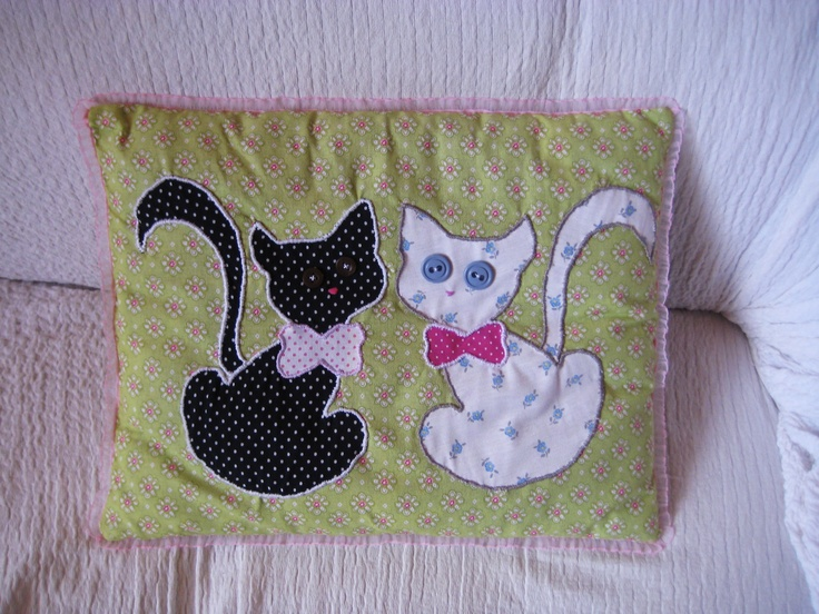 pillow with kittens