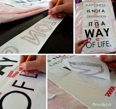 Stap-voor-stap uitleg hoe je zelf een groot tekstbord kunt maken. Veel goedkoper en origineler dan de borden uit de winkel en helemaal naar eigen wens te maken. van: www.creachick.nl