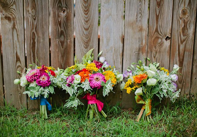 good DIY wedding flowers tips if you buy at the farmers market.