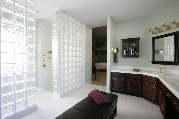 Accessible Shower Room Wall Panels