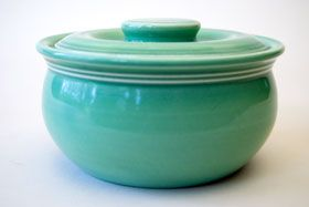 I'm going to have to watch ebay for some of this Fiesta Kitchen Kraft - Individual Casserole in Original Green