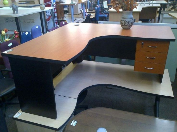 We Sell Professionally Refurbished Office DESKS CHAIRS And FILING Solutions SALE LESS 25 0on USED OFFICE FURNITURE