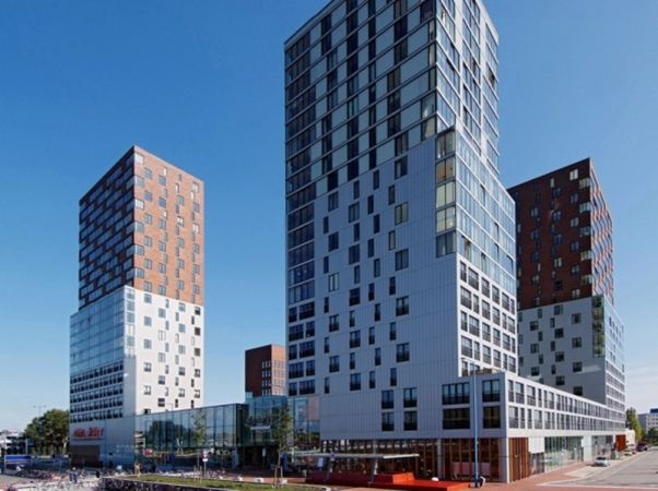 Diverse mooie appartementen aan de Nederlandlaan in Zoetermeer.