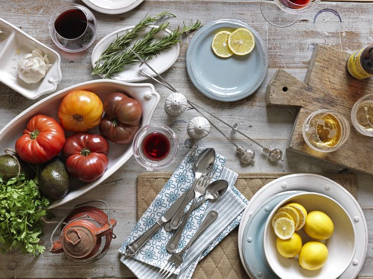 Beadboard UpCountry: Juliska Tabletop, Ice Blue, Beadboard Upcountry, Summer Style, Tables Tops, Effortless Style, Props Style, Entertainment, Vegetables Sets