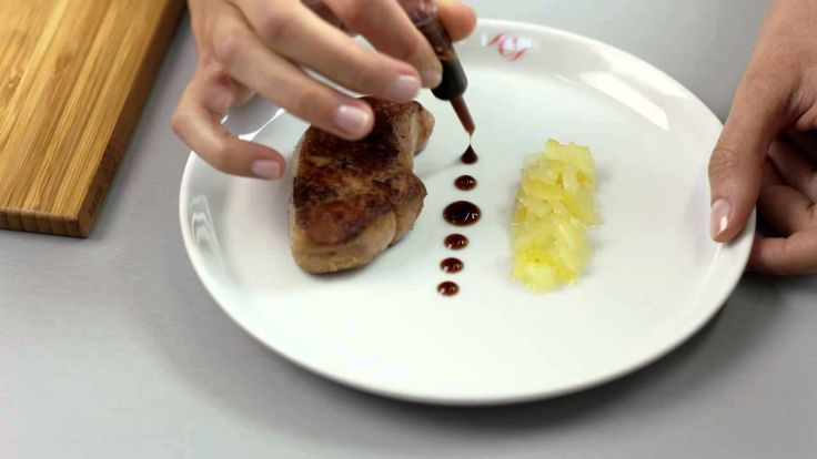 [Astuce ChefCuisine] Comment utiliser la pipette ? #ChefCuisine #MonChefCuisine #gastronomiealamaison #gastronomie #AnneSophiePic #food #cordonbleu #french #chef #foodie