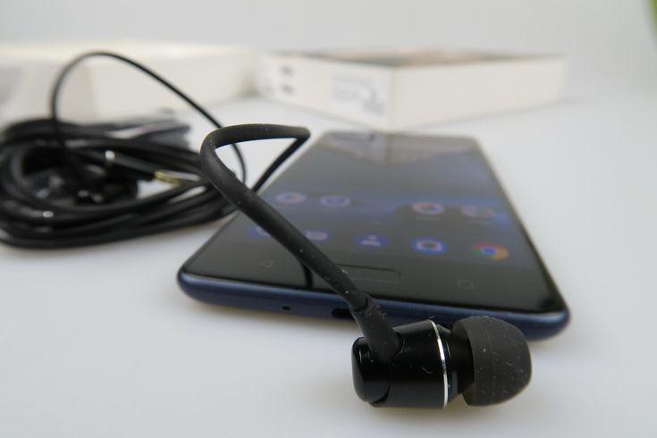 Nokia 8: Multimedia cu volum gigantic, păcat că nu avem difuzoare stereo