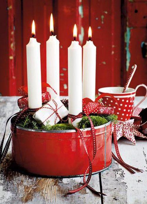 Der traditionelle Adventskranz ist rund und besteh…