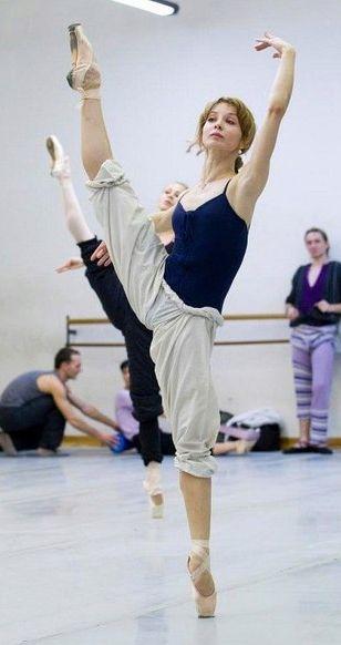 yevgenia obratsova in class