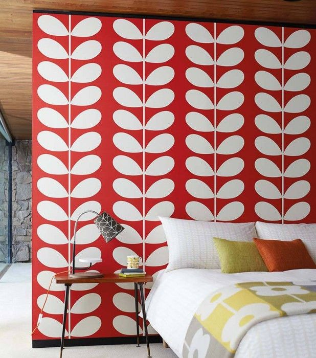₪359.59 Price per roll (per m2 ₪68.76), I love the 70s , Carrier material: Non-woven wallpaper, Surface: Smooth, Look: Matt, Design: Stylised leaves, Basic colour: Red, Pattern colour: Cream, Characteristics: Good lightfastness, Low flammability, Strippable, Paste the wall, Wash-resistant