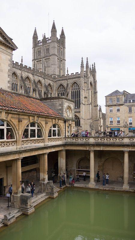 REINO UNIDO - BATH (1987). Fundada por los romanos junto a unas fuentes termales y en el siglo XVIII se transformó en una elegante ciudad con edificios neoclásicos. #Bath