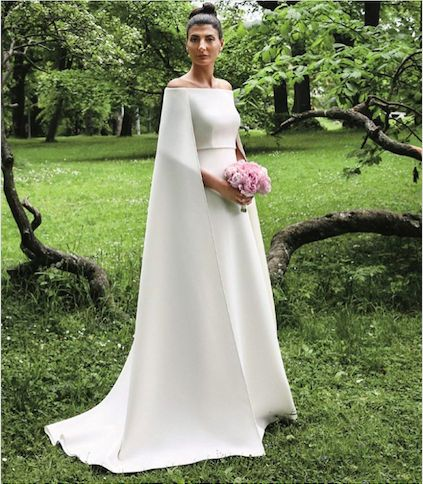 Can't stop drooling over this absolutely perfect Valentino couture wedding gown... Giovanna Battaglia is one lucky lady.