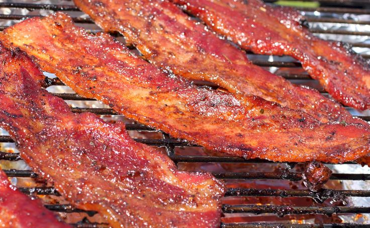 I received an email reminder from Kingsford Charcoal that September 1 was International Bacon Day.  In recognition of International Bacon day (yes, I too was surprised that there was such a day of celebration, but hey, why not?), I made some Pig Candy for my family.