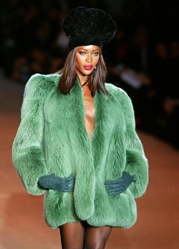 #fashion #runway #naomi #redlips