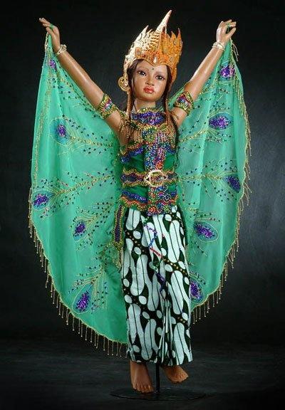Dewi Sri by Dwi Saptono